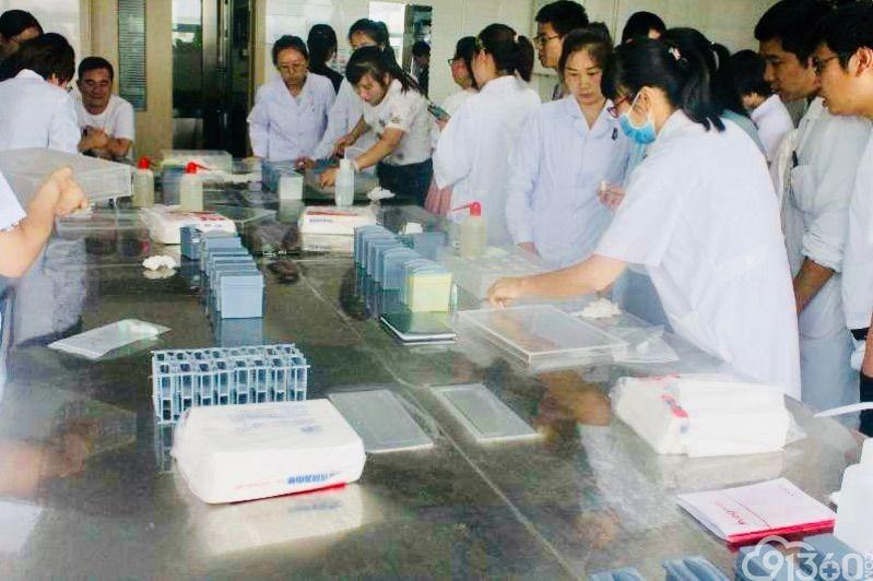 宁夏医科大学总医院肿瘤医院病理科在全区病理免疫组化室间测评比赛中获第一名
