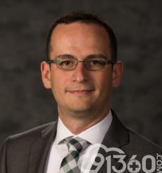 Carlos Parra-Herran教授